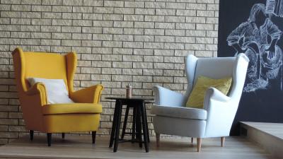 Wygodne fotele do salonu - przegląd najpopularniejszych modeli