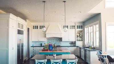 Minimalistyczne meble do kuchni, czyli piękno płynące z prostoty